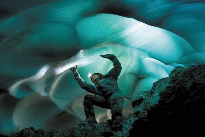 Jaskinie pod lodowcem / Północna Hiszpania
